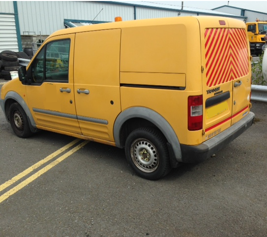 10 Ford Transit Connect 1 8tdci T200 Lwb: 2003 (53 PLATE) FORD TRANSIT CONNECT T200 TDDI SWB VAN